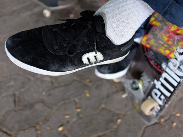 スケートボードシューズ