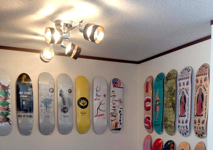 OURS SKATEBOARD & CO(アワーズスケートボード&コー)