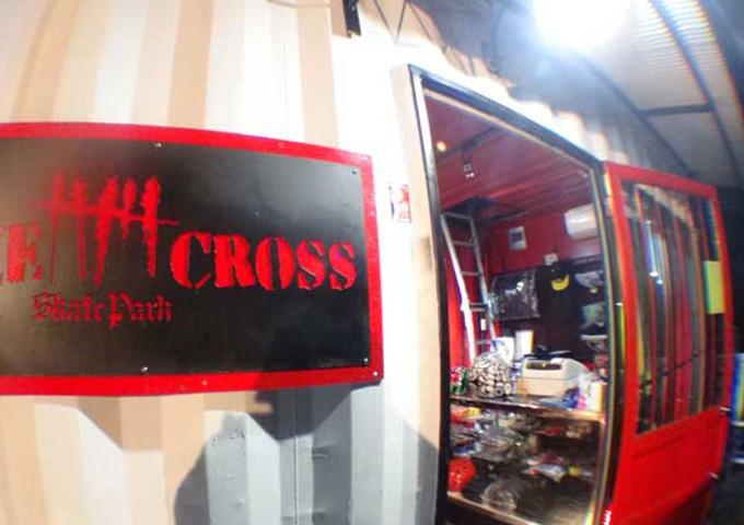 FIVE CROSS(ファイブクロス)