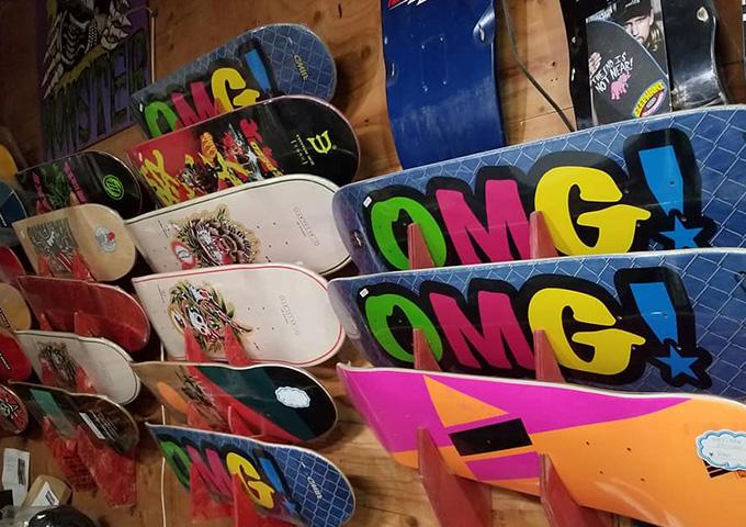 モンスタースケートボードショップ