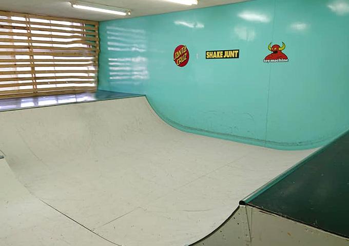 Garage Hangout(ガレージハングアウト)